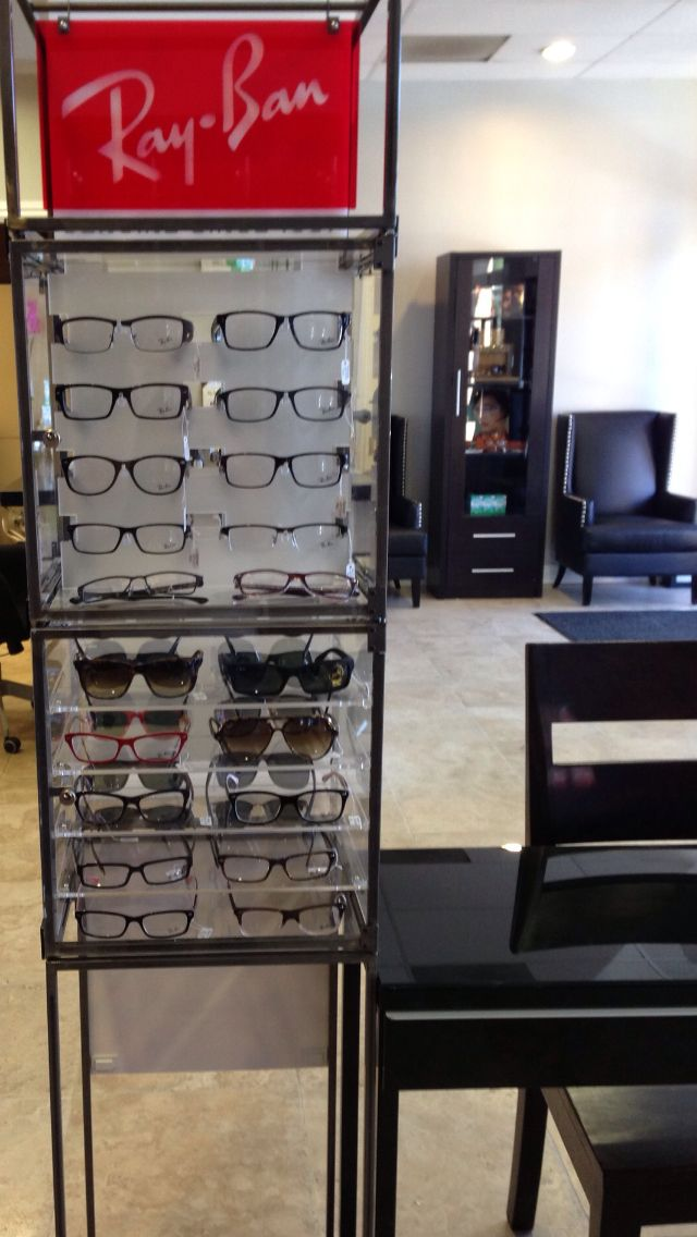 32 piece Rayban Tower - optical displays | Optical