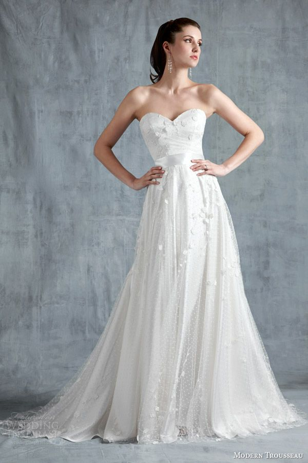 modern trousseau wedding dresses spring 2015 Etienne, French Alencon lace gown with crystal strapsb