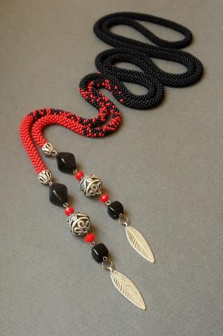 """Flamenco"" lariat - crocheted rope with ""Tibetan silver"" and Czech beads by Svitlasha on biser.info."