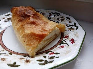 sugarfreecakes: Sugar Free Topfenstrudel (Strudel with Cottage Che...