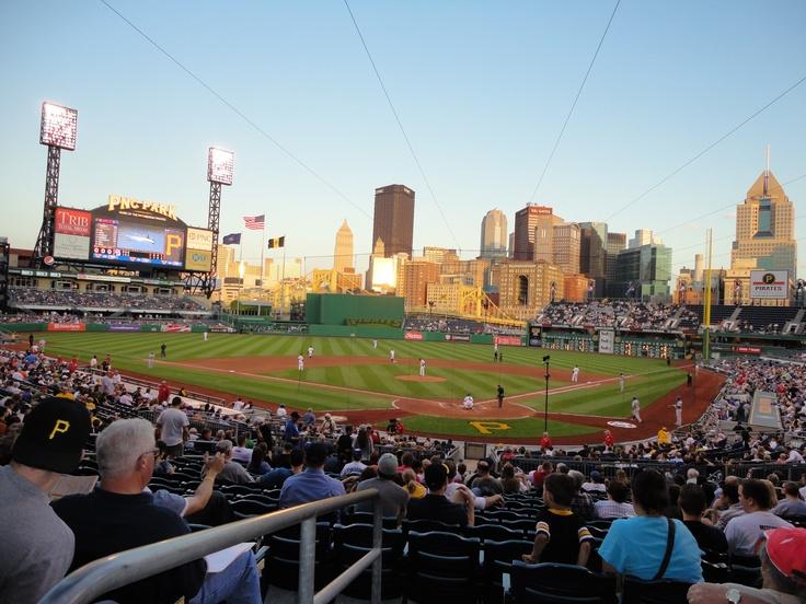 Une belle game de Baseball des pirate de Pittsburgh , ils sont pas très bon mais la bière est bonne :)