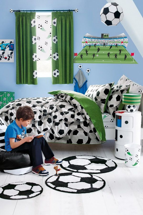 soccer Kids-Bedroom-Ideas-with-Soccer-Ball-Bedding-Sets - Decor Crave