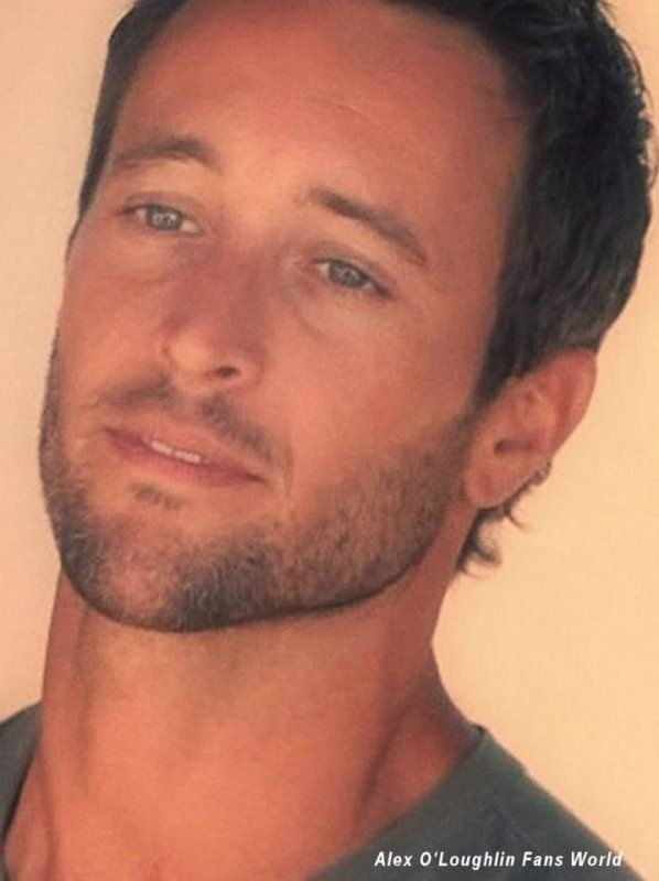 Alex O'Loughlin New Pictures | ALEX O'LOUGHLIN