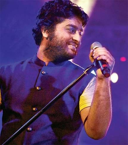In any case if you have missed the evening of Soulful Music,Catch it here : ‪#‎GetAlive‬ with ‪#‎ArijitAtAphoenix‬ ...the complete coverage of the event ‪#‎Pmcbangalore‬ Alive India In Concert Arijit Singh Official