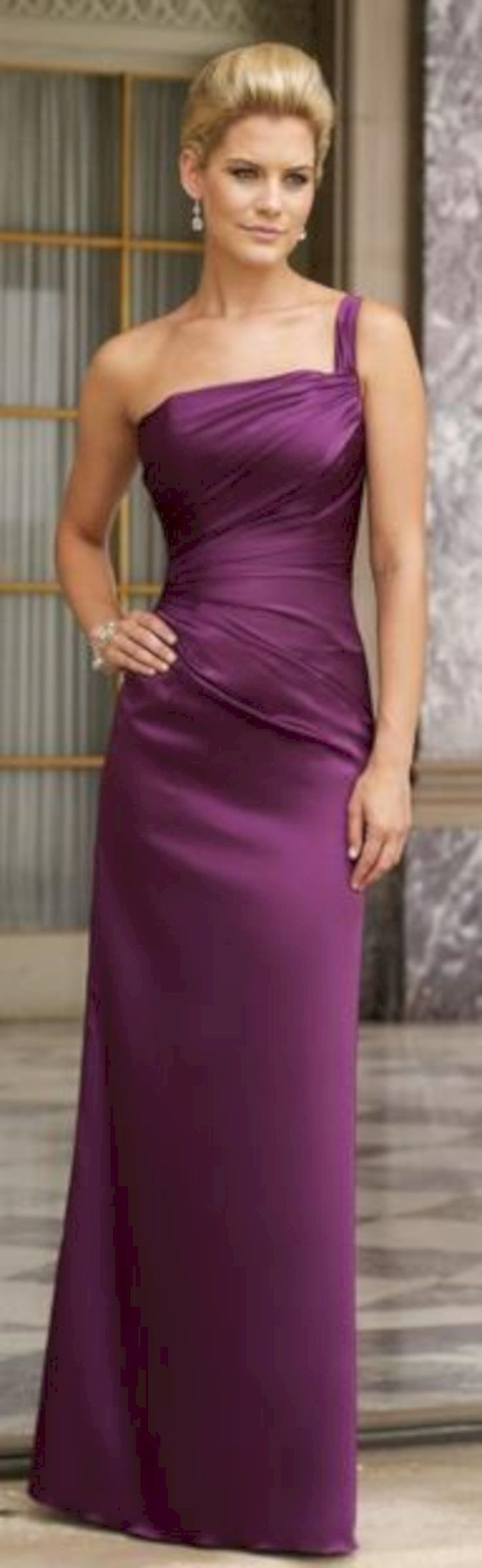 awesome 41 Simple and Elegant Purple Evening Dress http://attirepin.com/2018/01/07/41-simple-elegant-purple-evening-dress/
