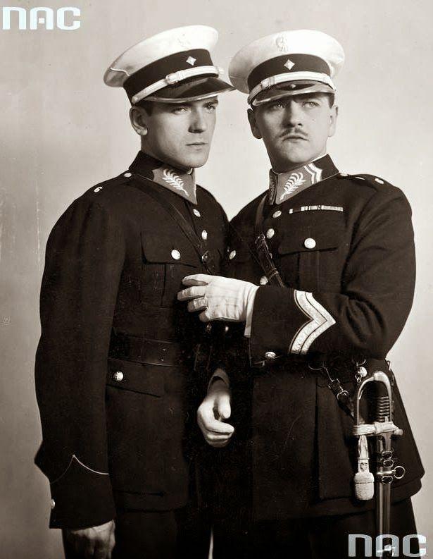 Adam Brodzisz and Eugeniusz Bodo, Bezimienni bohaterowie (1932)