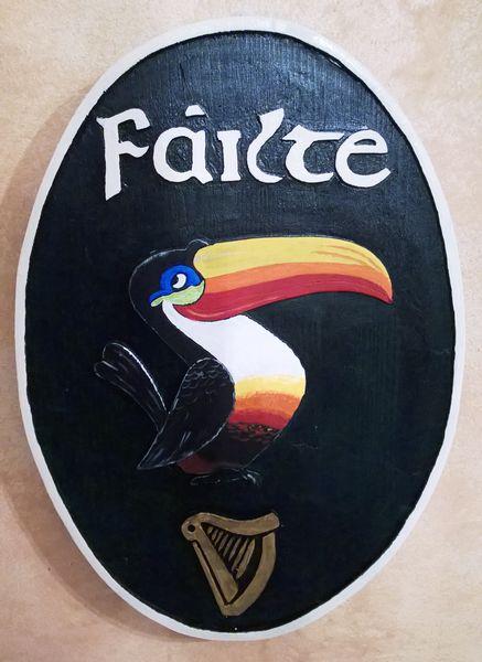 Prodotti O'Flanker.com - Insegna da Pub in legno, incisa e dipinta a mano.