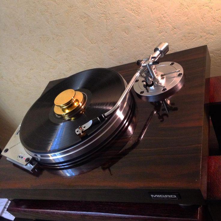Micro Seiki MA-505 #microseiki #ma-505 #vintagesound #vintage #oldaudiofest #oldaudio #sharp #pinkfloyd #thewall #cassette #hifi #stereo #radio #recorder #akai #panasonic #crown #national #old #sanyo #tdk #universum #basf #photooftheday #instagood #instaminsk #bestphoto #lp #vinil