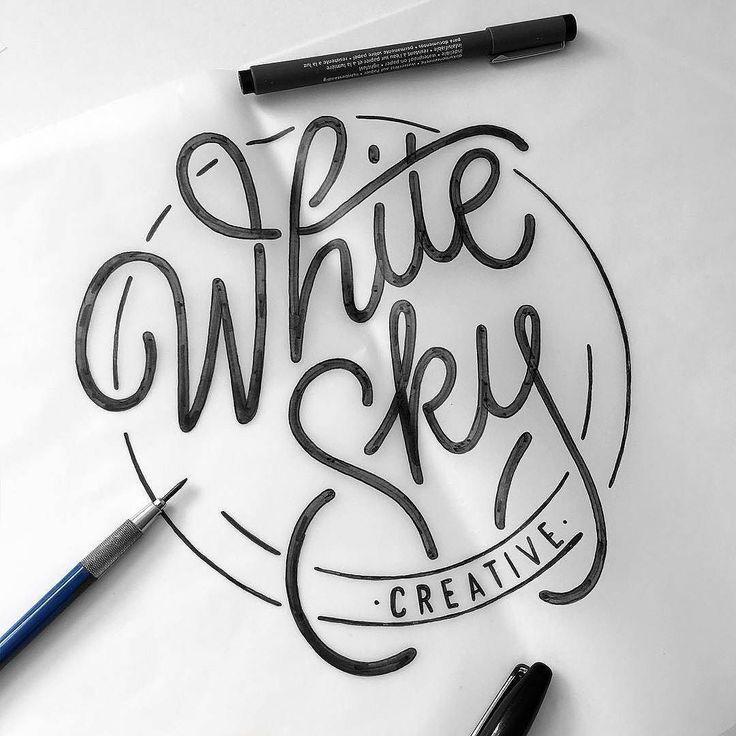 Lettertype voor 'Flow' logo in cirkel.