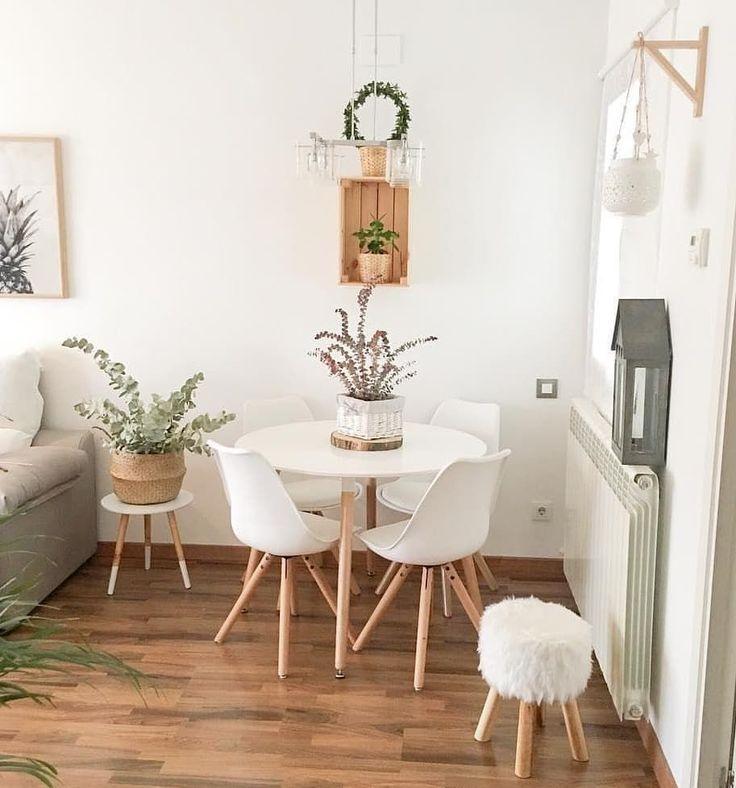 Jede Ecke des Hauses eignet sich perfekt für einen kleinen Essbereich …