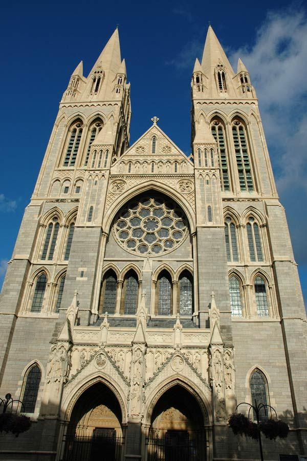 Truro Cathedral by chris_I / cornwalls.co.uk (The front of Truro Cathedral from High Cross. The cathedral was started in 1879 with the design by John Loughborough Pearson.)
