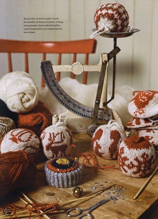 bol.com | Kerstballen Breien, Arne Nerjordert & Carlos Zachrison | Boeken maribel: als je gedaan hebt met die sjaal, mag je hieraan beginnen ;-)