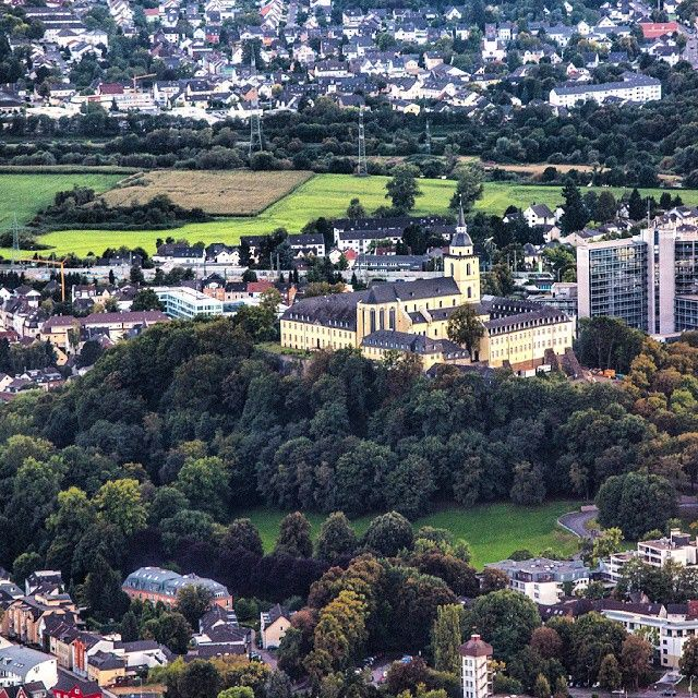 A shot of #Siegburg #Deutschland from the air. We had to go to the Siegburg city hall this morning, and I was reminded of this shot when I saw that yellow castle from the ground. This is why I always...