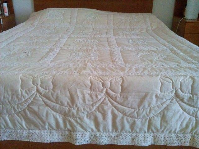 Naturel nakış yatak örtüsü