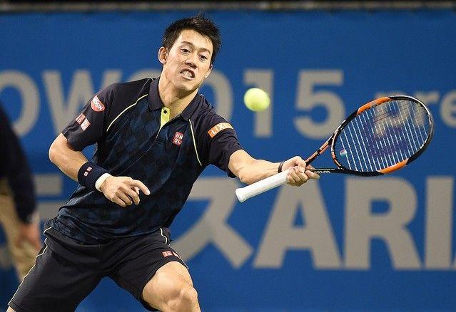 男子テニスの錦織圭(25=日清食品)が30日、東京・六本木で行われたテニスラケットメーカー「ウィルソン」のイベントに出席。ウィルソンと現役終身契約を結んだことを発表した。