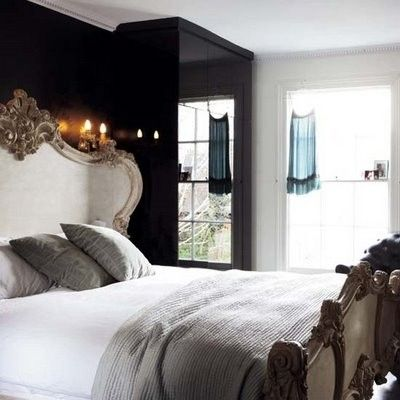 pretty!: Black White, Master Bedrooms, Beds Frames, Black Bedrooms, Black Accent Wall, Black Rooms, Bedrooms Ideas, Dark Wall, Black Wall