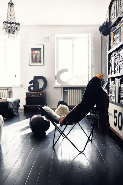 apartment 34: It's Back: I've Got A Crush!Home Interiors, Design Interiors, Architecture Interiors, Hotels Interiors, Interiors Design, Living Room, Design Bedrooms, Black, White Wall