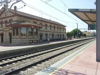 La compañía RENFE reforzará , este próximo fin de semana con 598 plazas extra, los trenes Alvia entre Madrid y Asturias que tienen parada en Sahagún