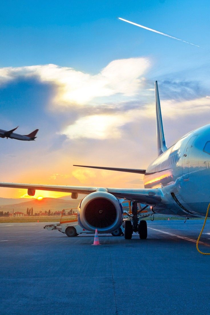 """How to Travel Smart on Budget Airlines - Why does it seem that there are more """"Discount Airlines"""" and """"Low-Cost Carriers"""" than there are actual savings? Alex Pasquariello compiles the best hacks – old and new – to pay the absolute minimum on your next flight."""