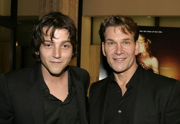 "Actors Diego Luna  and Patrick Swayze attend the Los Angeles premiere of ""Dirty Dancing: Havana Nights"" February 23, 2004 in Hollywood, Californi"