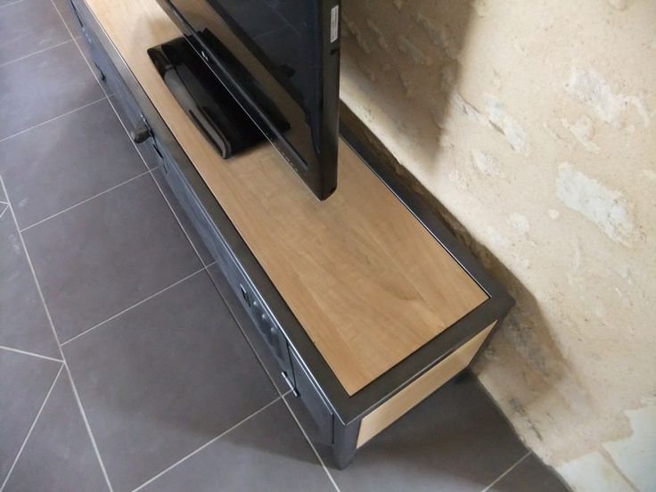 17 meilleures id es propos de meubles en acier sur for Restaurer un meuble en bois vernis