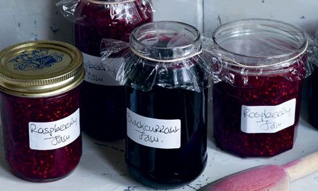 Homemade jam My grandmother and mother both made jam at home, it's been a few years since I made any.