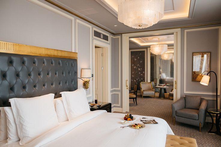 Four Seasons Jakarta | master bedroom, interior design |  #besthoteldesign #designinspirations #interiorstylist  | More: https://www.brabbucontract.com/projects