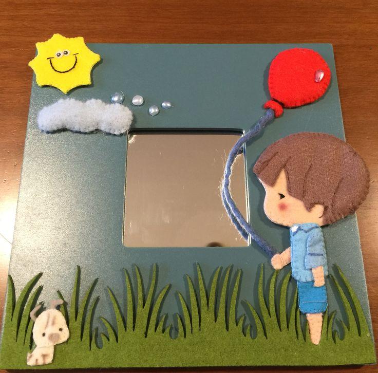 Specchio per la camera di un bimbo, completamente cucito a mano!