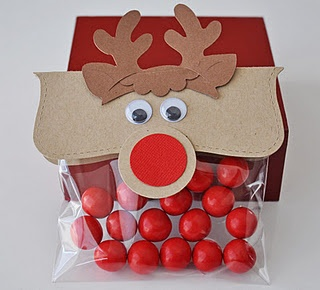 This site has tons of cute holiday ideas.