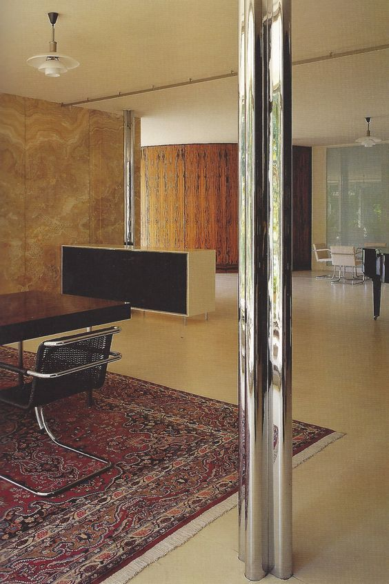 Mies van der rohe tugendhat house 1930 interiors for Modern 1930s interior design
