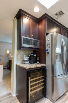 Raised Ranch Kitchen - Transitional - Kitchen - bridgeport - by Simply Baths & Showcase Kitchens