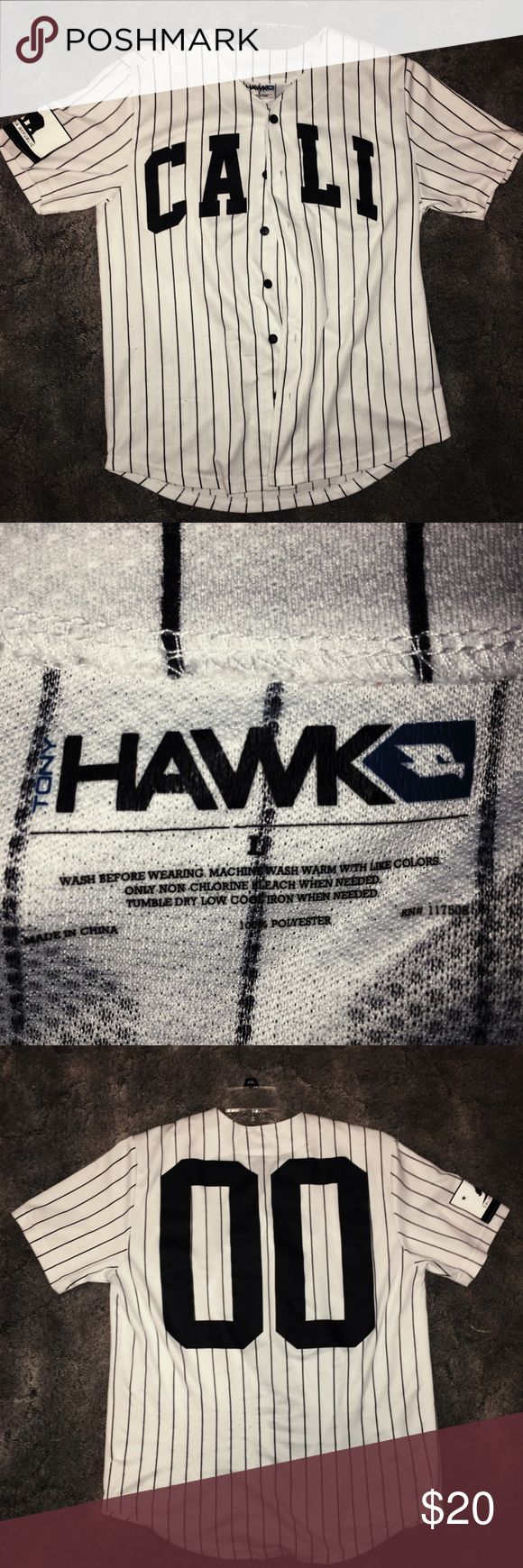 California Tony Hawk #00 Not used that much just been sitting in the closet for a will IT COULD BE FOR MEN OR KIDS IT DEPENDS Tony Hawk Other