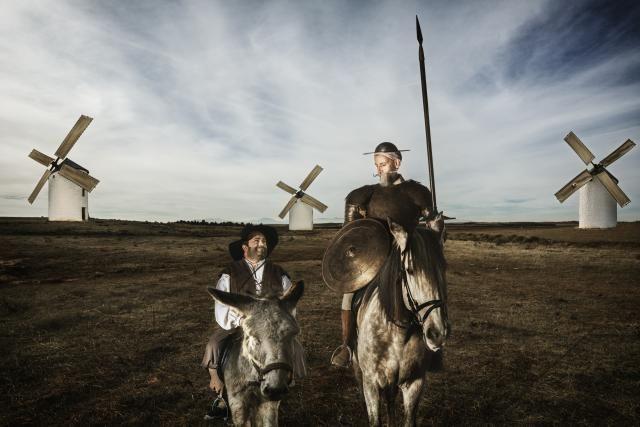Breve resumen del argumento, temas, estructura y estilo de Don Quijote, de Miguel de Cervantes Saavedra.