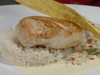 Recetas | Pollo en loroco | Utilisima.com Chef Mirciny Moliviatis