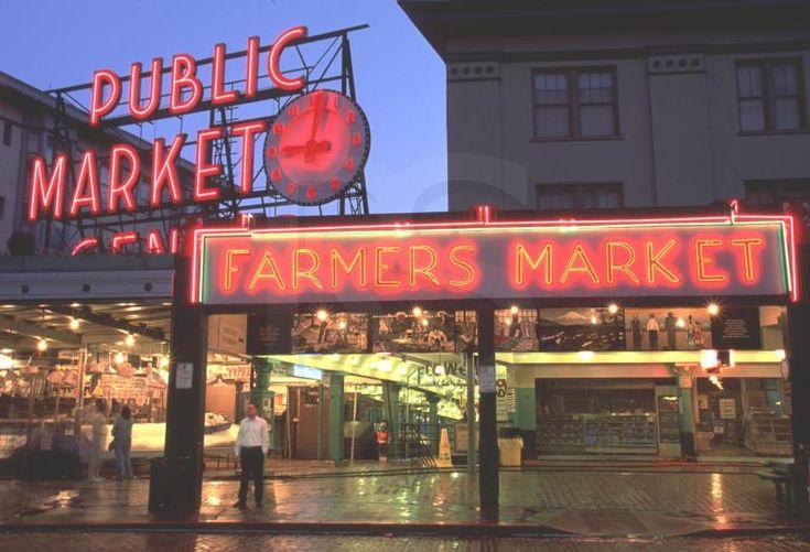 Gosh I love this place!: Spaces Needle, Favorite Places, Pike Places Marketing, Seattle, Public Marketing, Pike Marketing, App Stores, Lodges, Pike Place Market