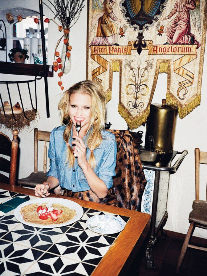 There's no place like home - T-Magazine. Lara Stone goes back to the Netherlands - Angello Penneta