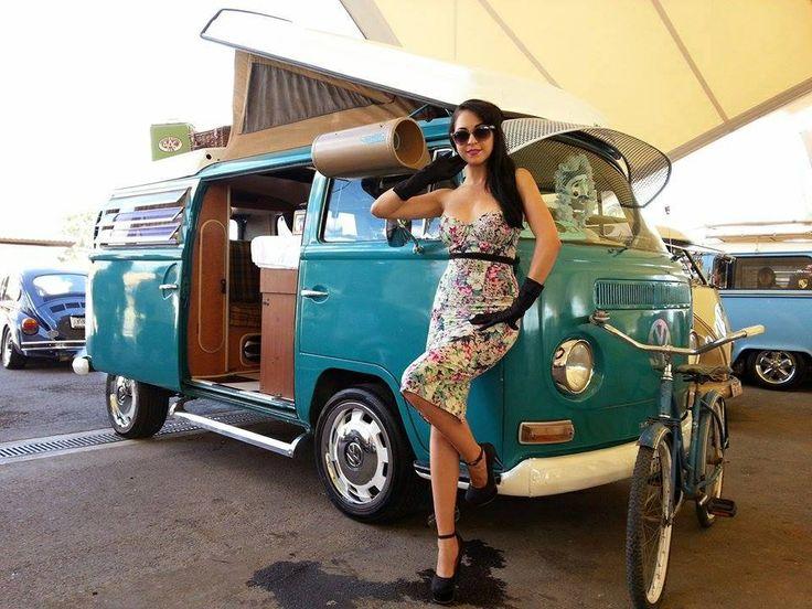 les 304 meilleures images du tableau combi ww sur pinterest vans vw bus volkswagen et voitures. Black Bedroom Furniture Sets. Home Design Ideas