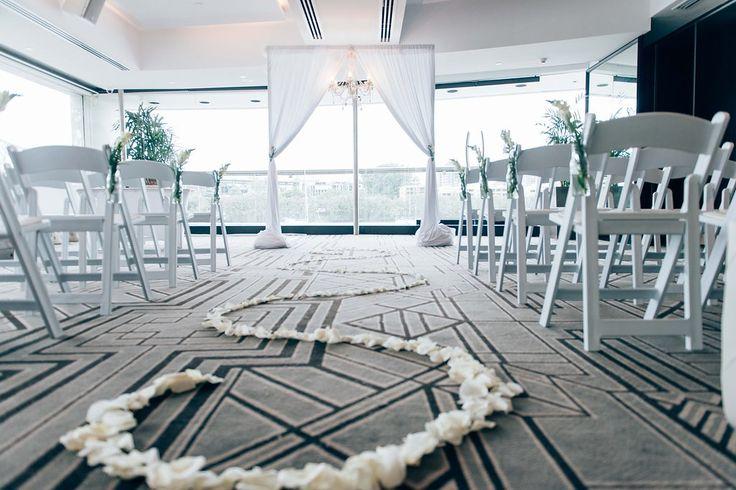 Elegant Drapery At Indoor Ceremony: 1000+ Ideas About Indoor Wedding Decorations On Pinterest