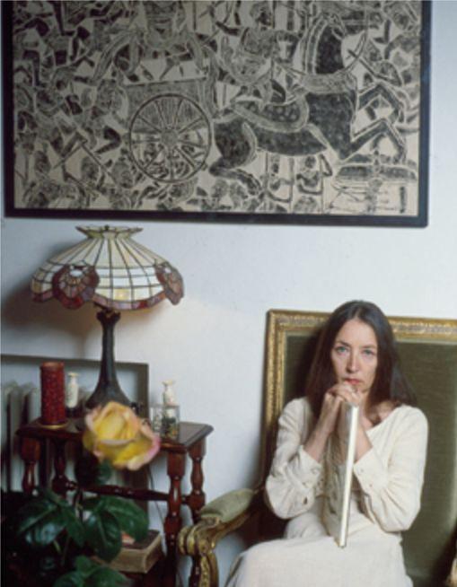 Lo sguardo intenso di Oriana in uno scatto di Angelo Cozzi - Foto - Oriana Fallaci