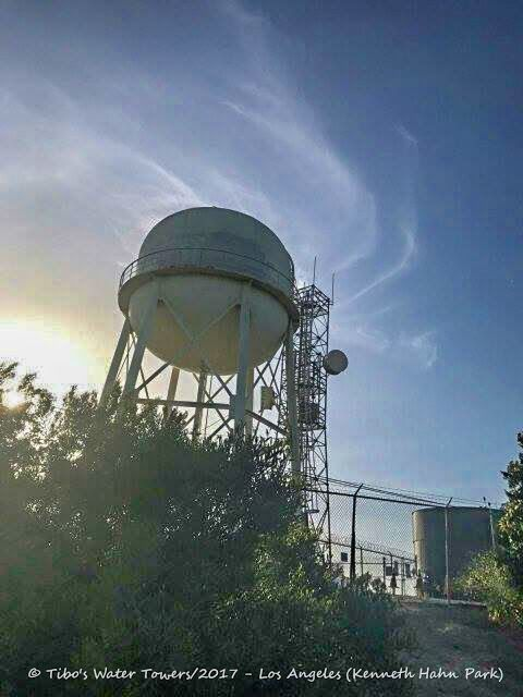 Tibo's Water Towers: Los Angeles (Kenneth Hahn Park)