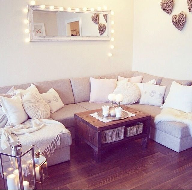 white and grey theme living room