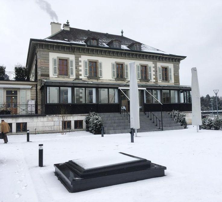 L'EHG sous la neige  #ehgstudent #EHGLife #geneve #geneva  #lakegeneva #lacleman #restaurant #ehg #ecole #ecolehoteliere #ecolesuisse #hotelschool #swisshotelschool #hotellerie #swissriviera #switzerland  #lac #riviera  #genevalake  #visitgeneva  #switzerland #lacdegeneve  #genevacity #lacleman  #igersuisse  #genevalive #ehgcampus #gastrosuisse #restaurant #hotelmanagementschoolgeneva #hmsg