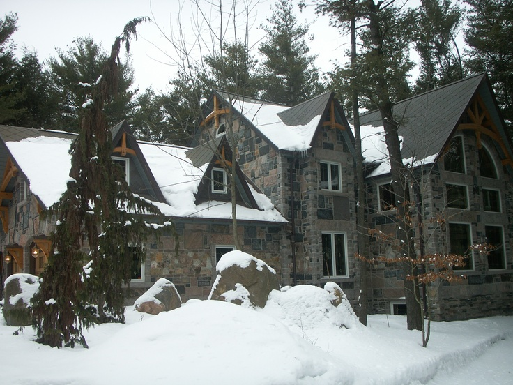 Timber Frame Homes are Built to Last Generations  #TimberFrame #Log #Custom #DiscoveryDreamHomes