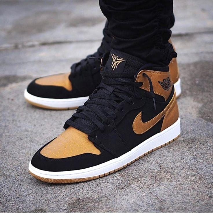 Nike Shoes Adidas Yeezy Boost-46 #airjordanhk #todayskicks #loveme #loveu #airjordan3 #like4followers #dayone #spain_vacations #fashiondesigner #day8