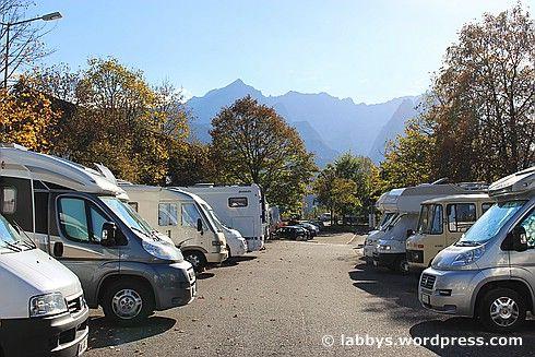 Wohnmobilstellplatz Alpencamp am Wank Wankbahnstrasse 2 82467 Garmisch Partenkirchen GPS Daten N 47.5050 und E 11.1070 Stellplatz auf Karte anzeigen Webcam vom Stellplatz Gut ausgestatteter undbel…