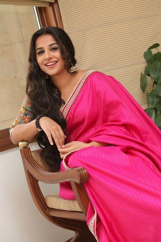 vidya_balan_wearing_pink_silk_saree