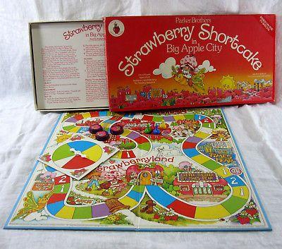 Strawberry Shortcake in Big Apple City Vintage 1981 Board Game Parker Brothers