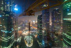 """Из кабины крановщика Такой вот вид у крановщика, который работает на башне """"IQ-Квартал""""  Москва, небоскреб, кран, Фото"""