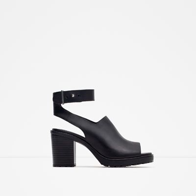 Image 1 of LEATHER SANDALS WITH TRACK SOLE from Zara
