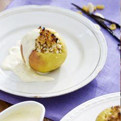 Äpfel mit Mandelfüllung